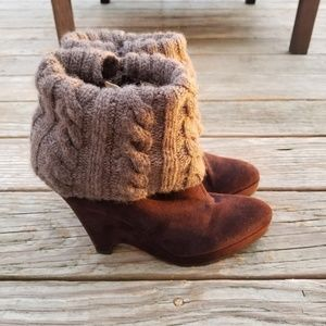 Oscar de la Renta Brown Leather Wedge Booties 7